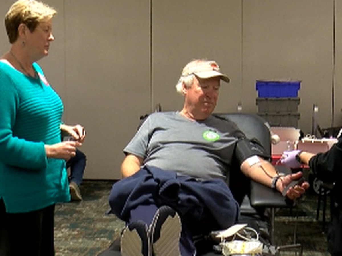 One Pass Christian brother and sister help give the gift of life