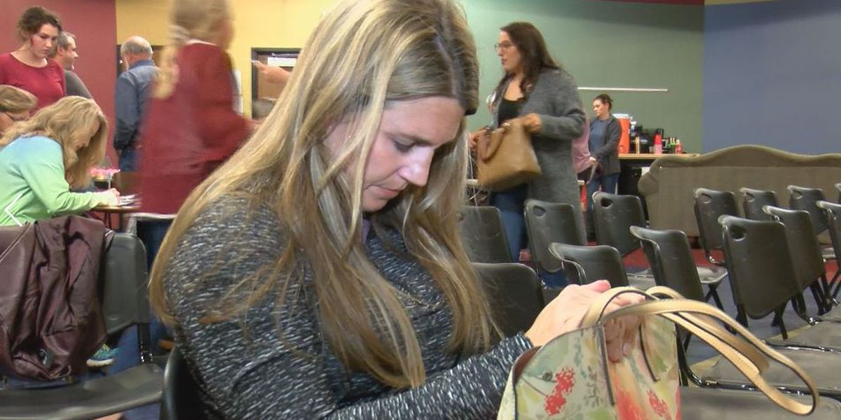 Purses for Sisters a creative project to help homeless women