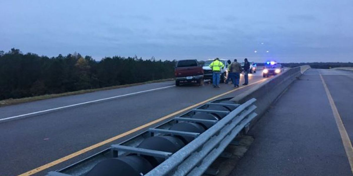 Icy bridge takes South Mississippi drivers by surprise