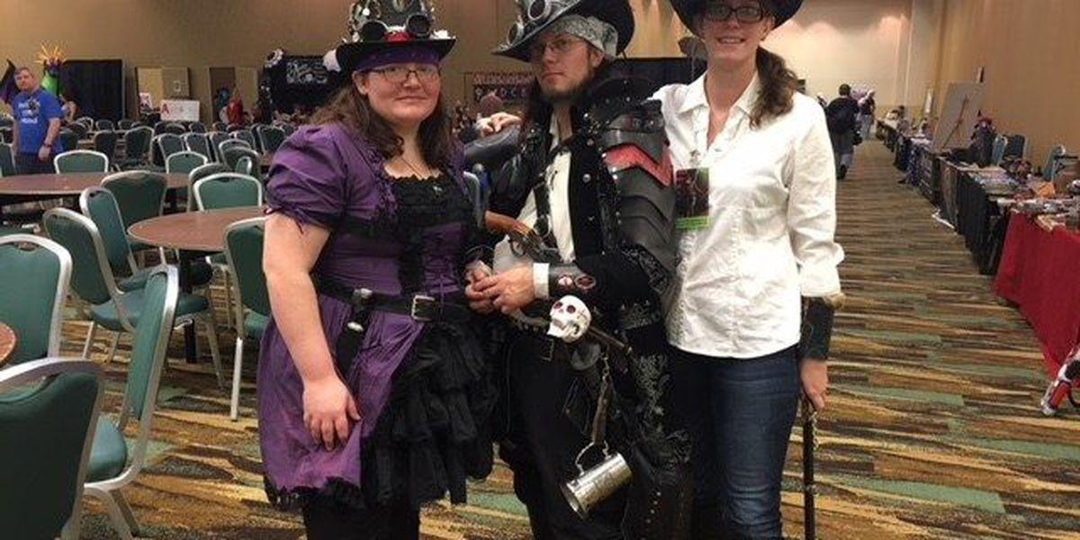 Sci-fi & fantasy fans pack coliseum for Coast Con 2018
