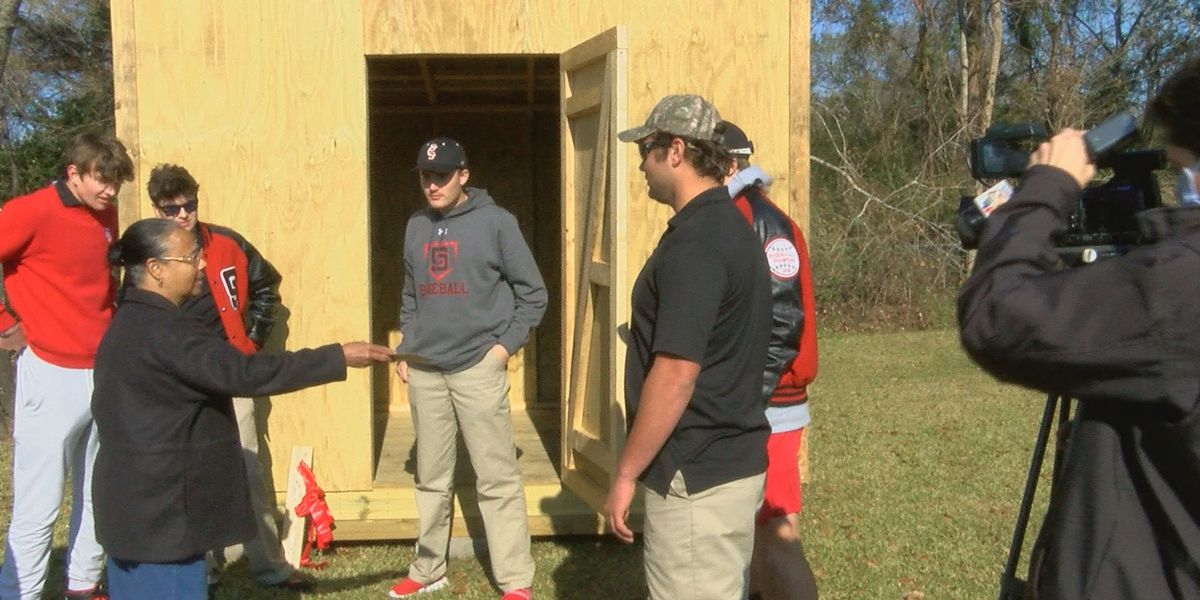 St. Stanislaus-built shed finds an appreciative home