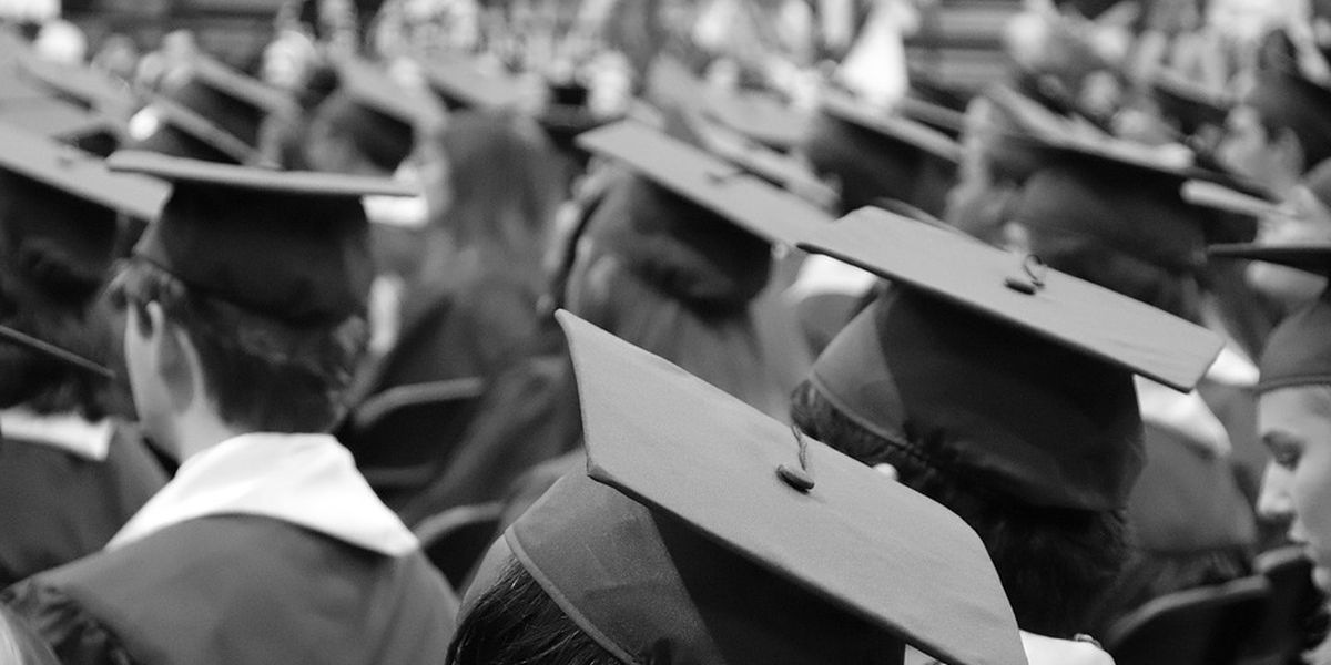 2020 college graduates experience turbulence during job search