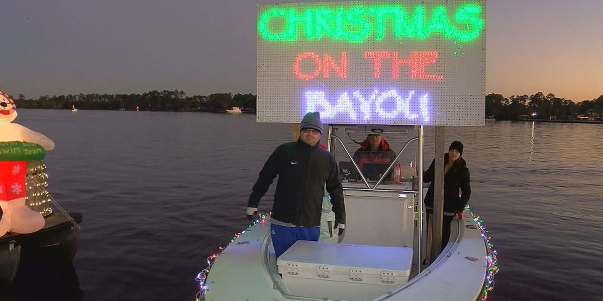 christmas on the bayou lights up the back waters in gulfport - Christmas In The Bayou