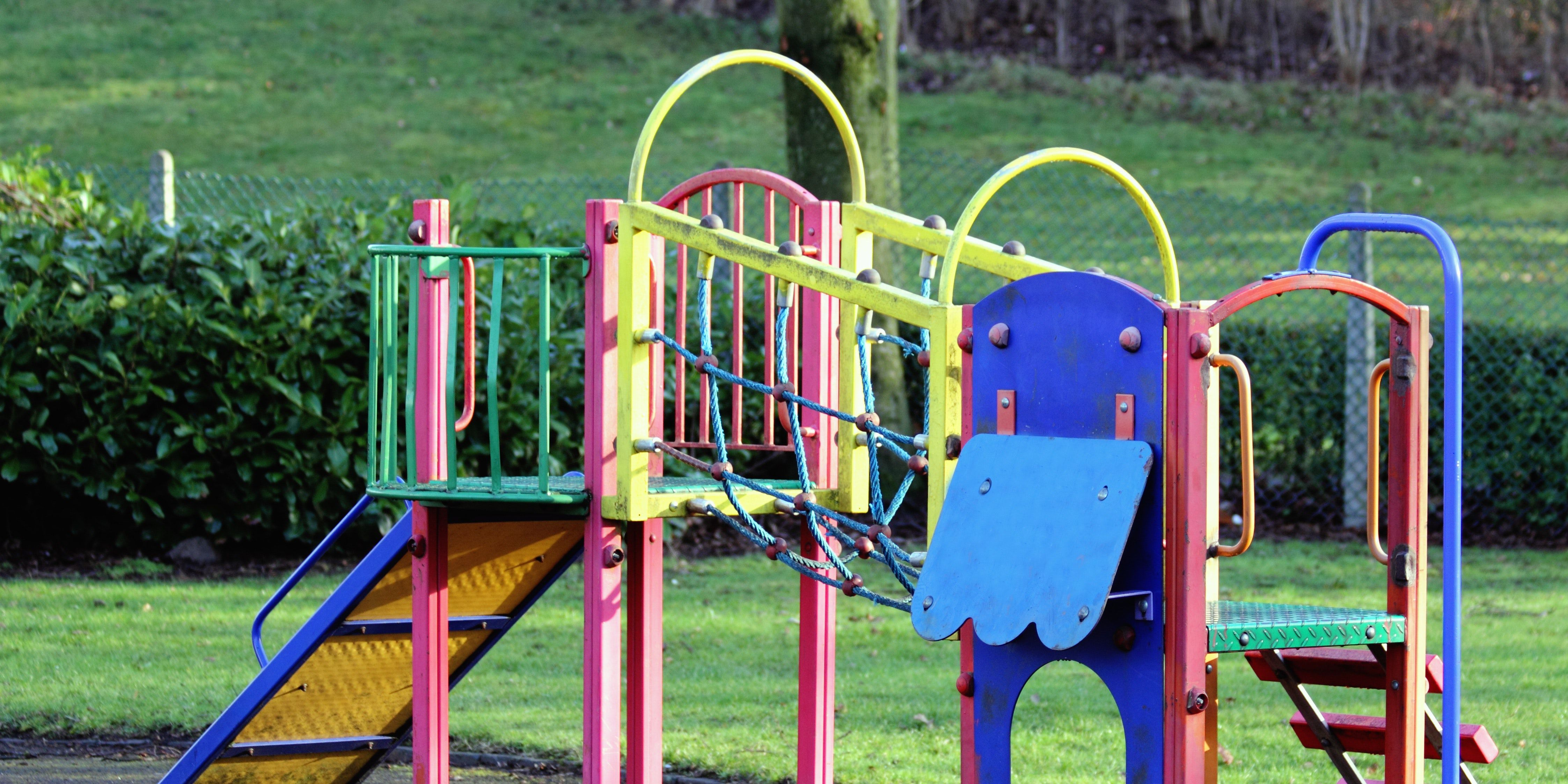 Schools experimenting with 'roughhousing zones' at recess