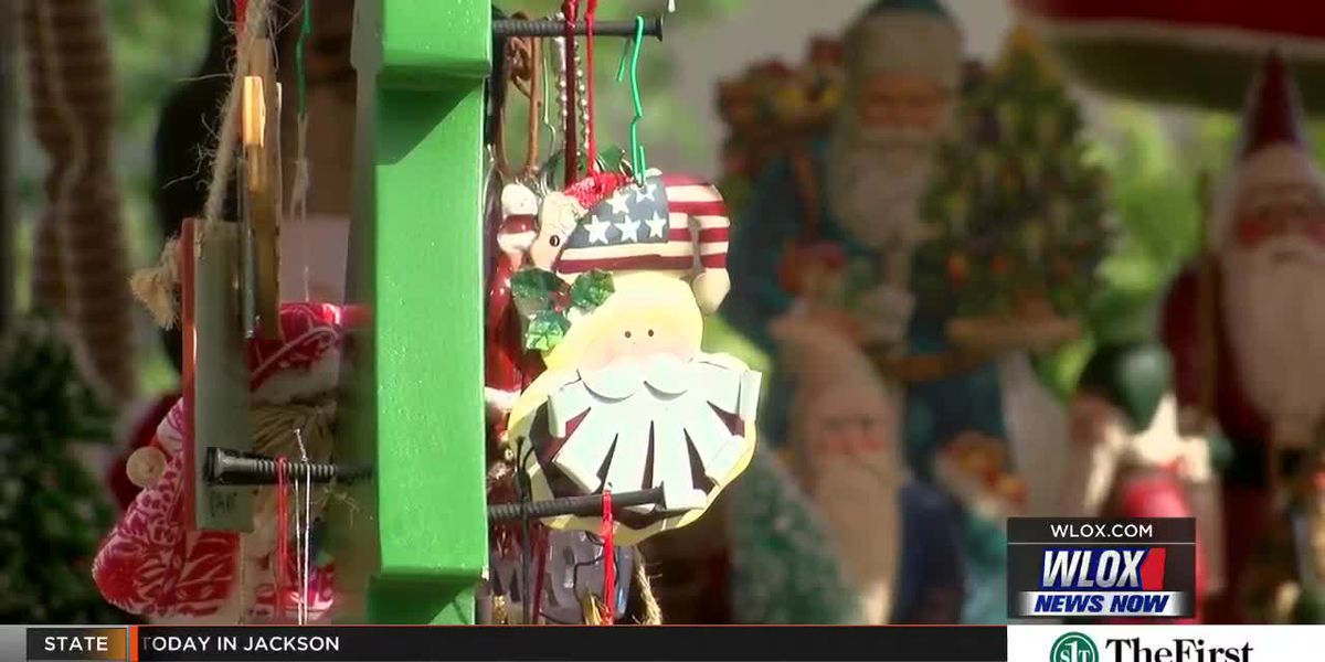 Holiday spirit fills downtown Waveland for annual Christmas Bazaar