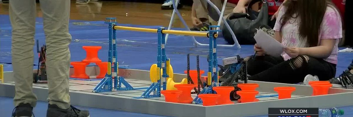 Bots battle it out in regional robotics competition