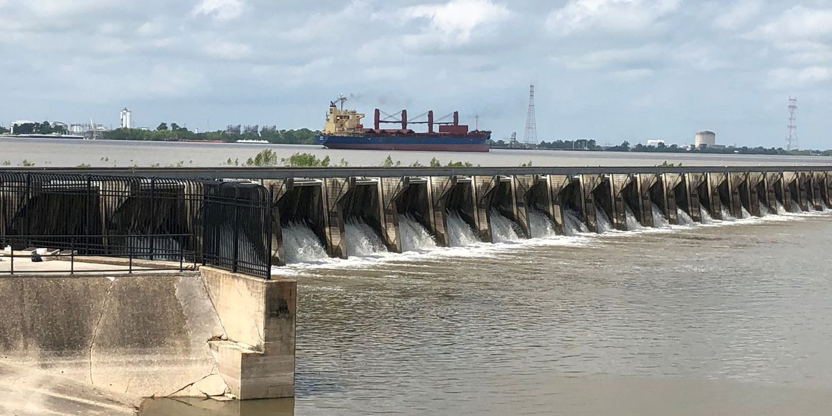 State lawmakers address seafood losses, spillway impacts