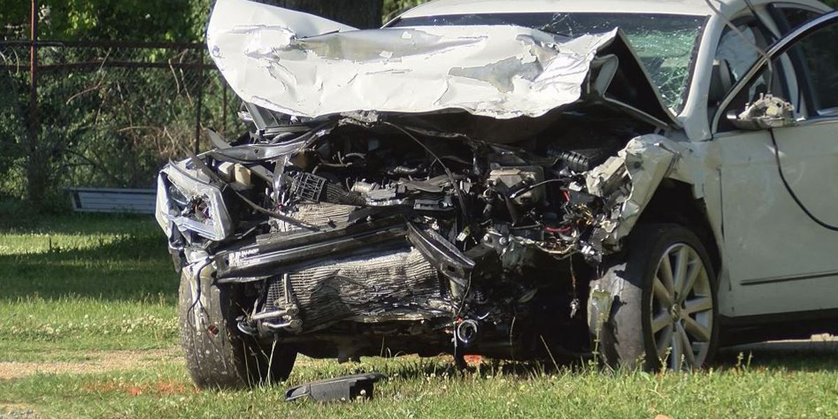Multiple Gulfport wrecks send two to hospital; tie up traffic for hours