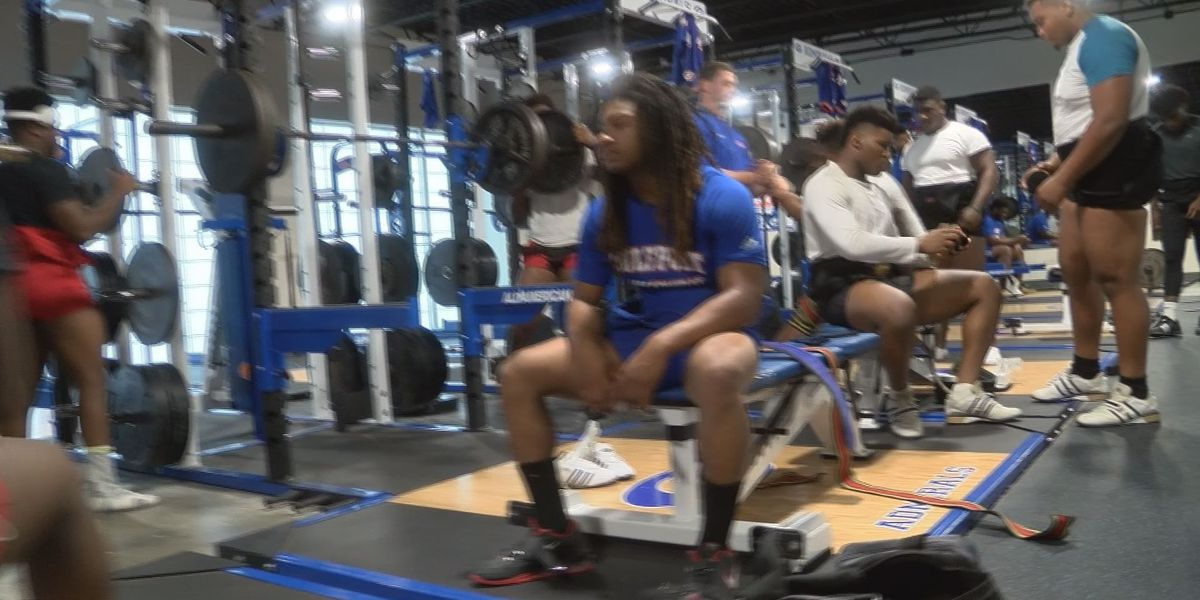 Gulfport is aiming to defend the Class 6A Boys Powerlifting Title