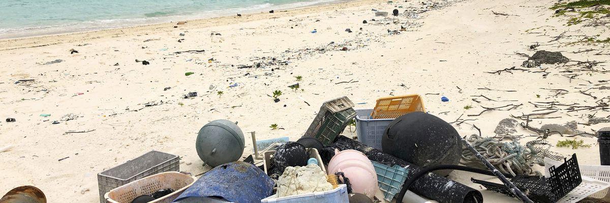 Study: 1 to 2 million tons of US plastic trash go astray