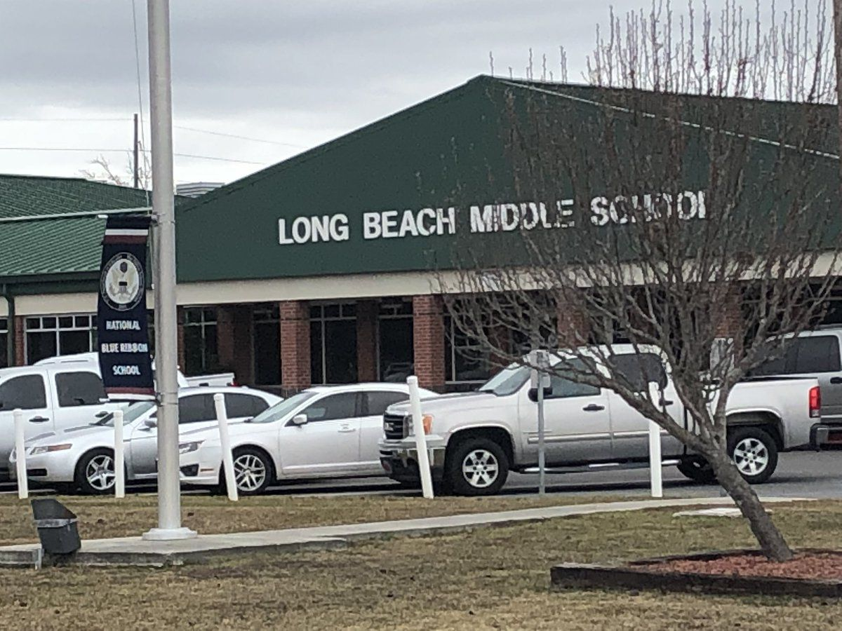 "Long Beach Police give ""all clear"" at middle school"