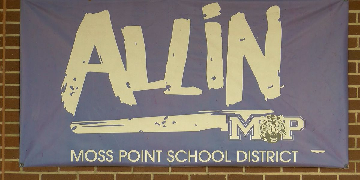 Moss Point students to begin year virtually, phase into the classroom