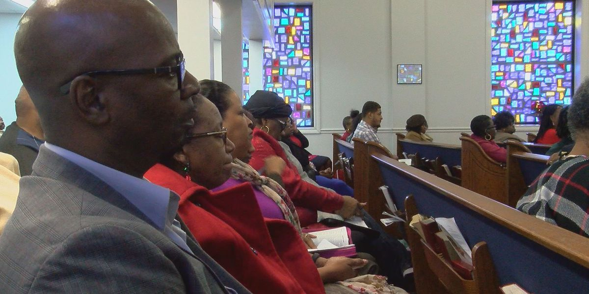 Churchgoers share wishes for upcoming holiday, new year