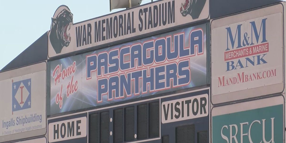 Pascagoula, Gautier students will vote on where to hold graduation