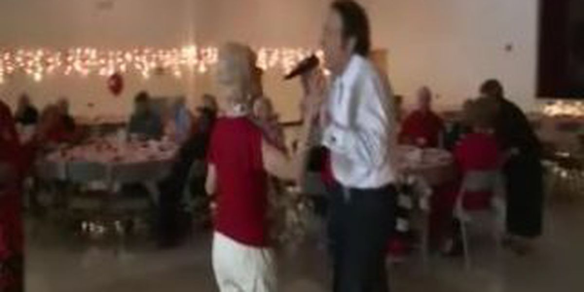 South Mississippi seniors celebrate their sweethearts