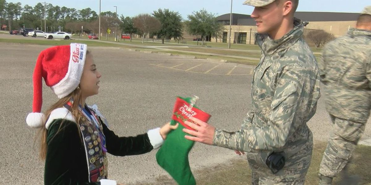 Michigan girl with Coast connection brings Christmas cheer to service members