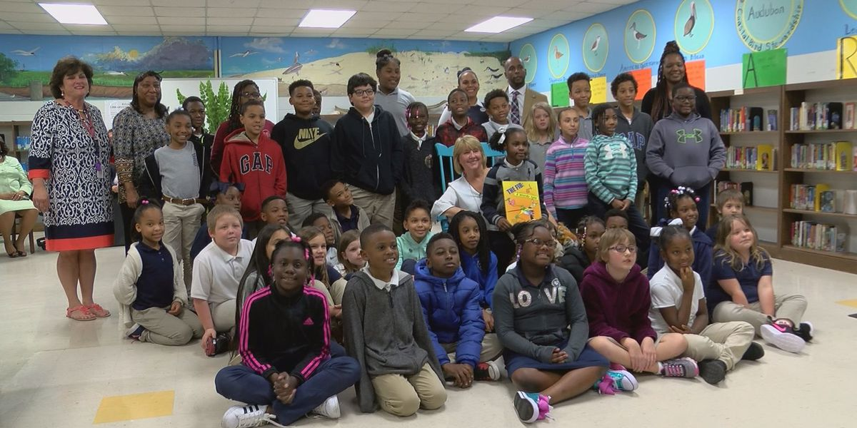 First Lady Deborah Bryant visits Moss Point schools