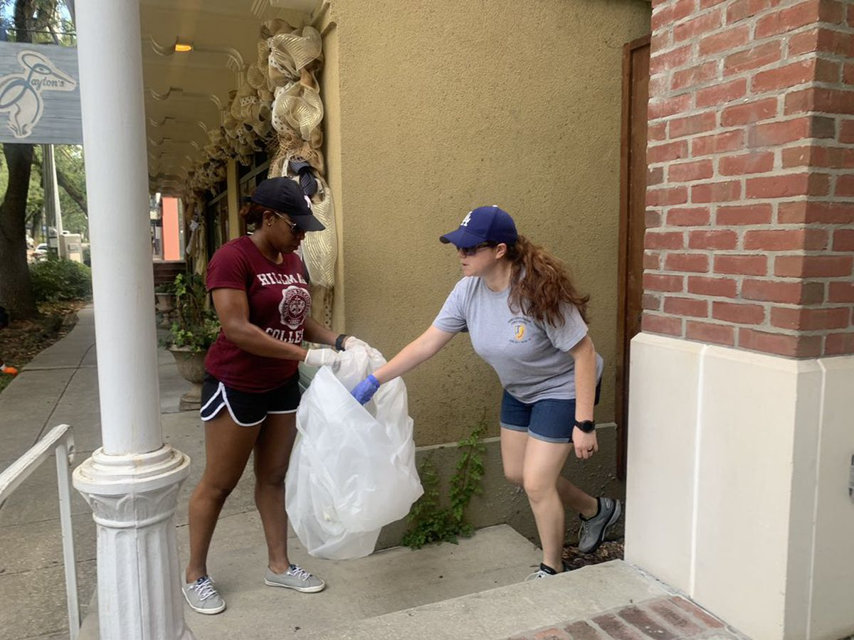 Ocean Springs residents do their part in keeping city clean
