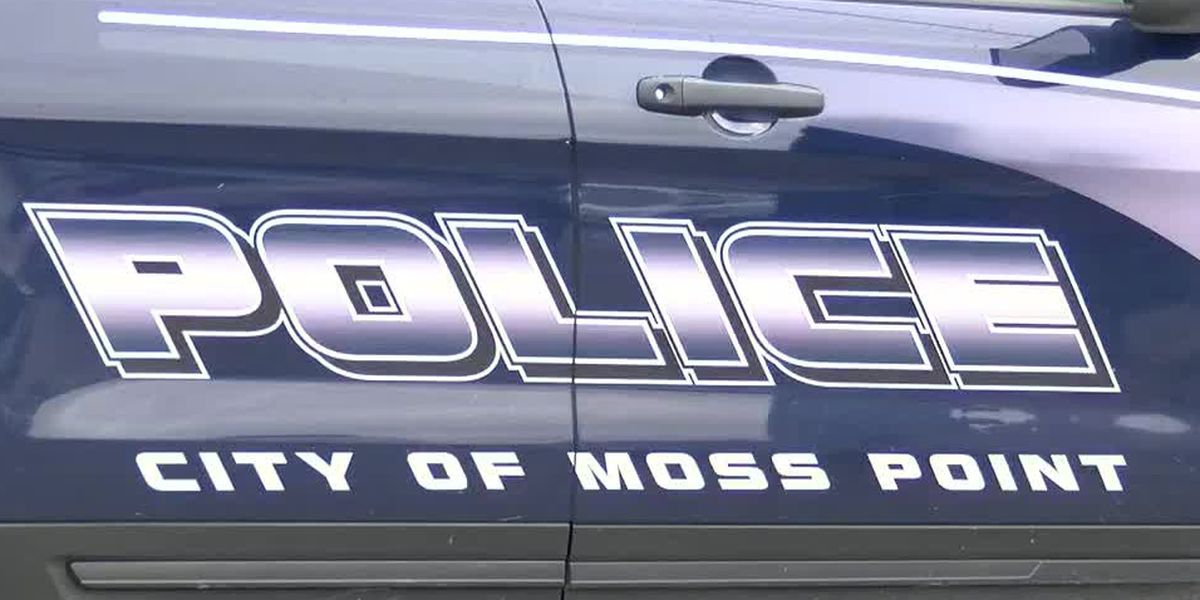 Shots fired at vehicle strike driver, cause him to crash in Moss Point