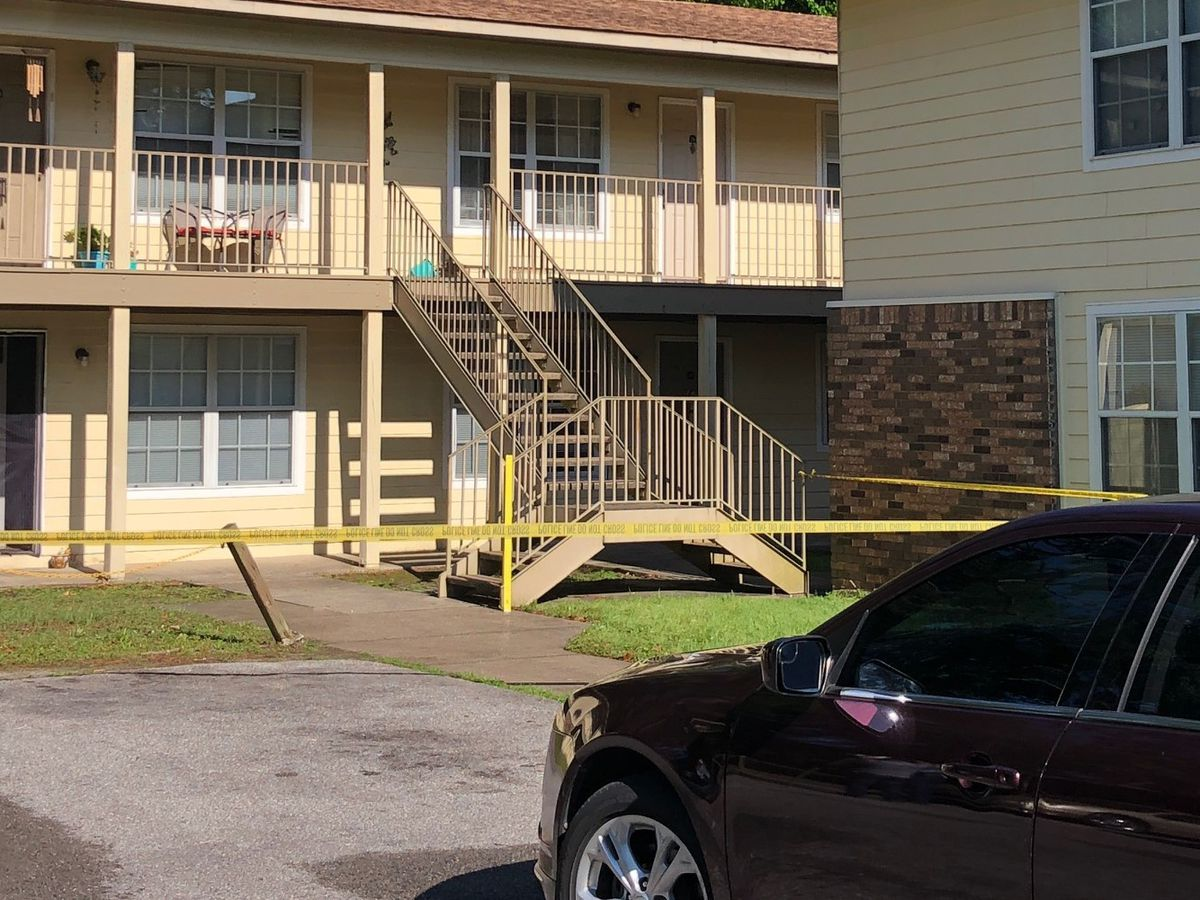 One dead, one injured after home invasion in Pascagoula
