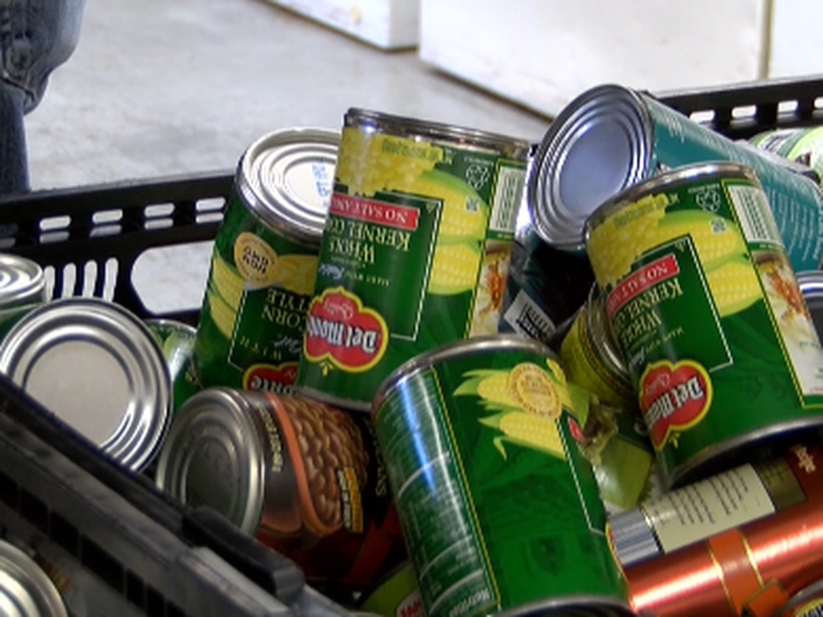 Biloxi church giving away 100 bags of food to families in need of holiday meal