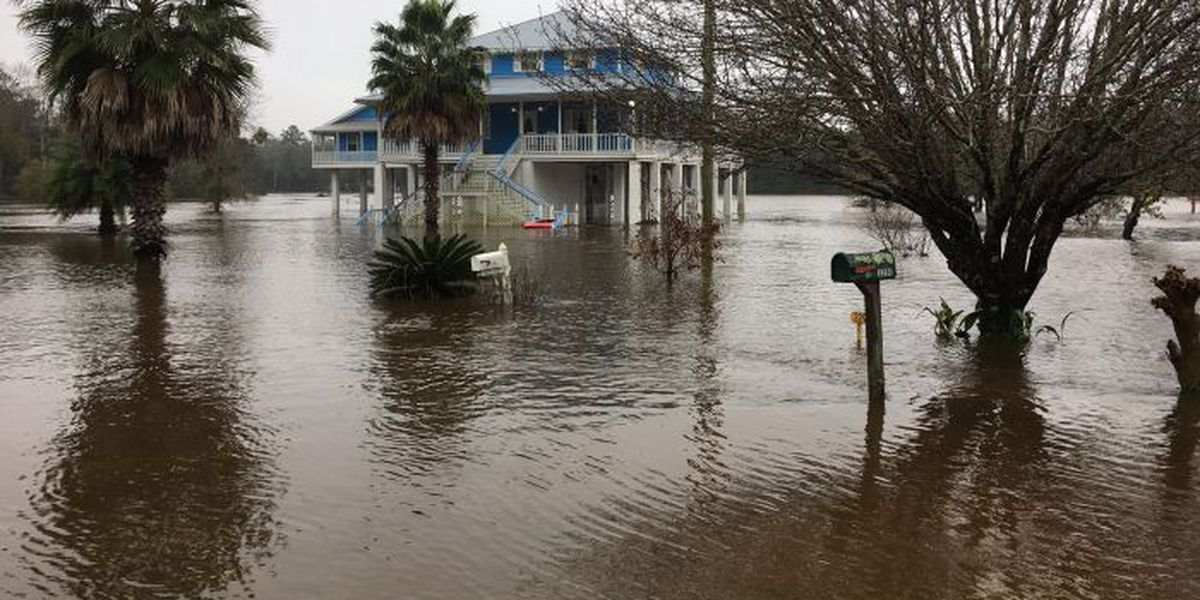 River residents know how to face flooding