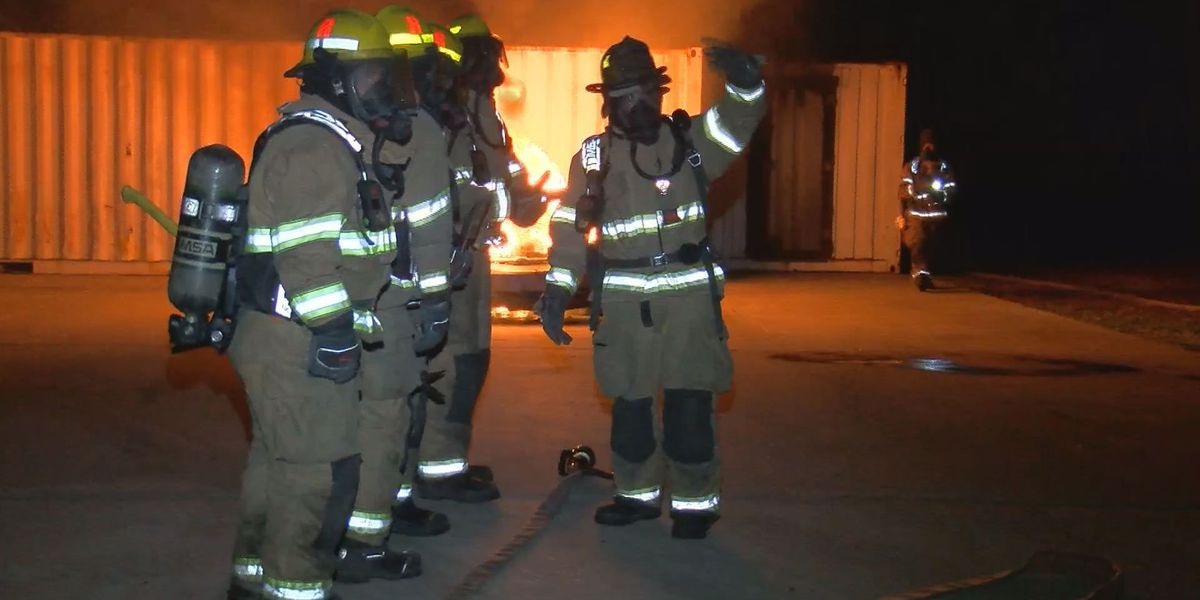 Firefighter recruits get nighttime training before graduation