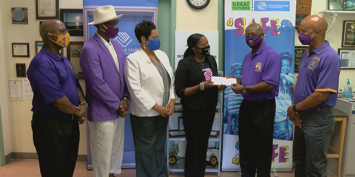Donation honors former Boys & Girls Club of Jackson County board member