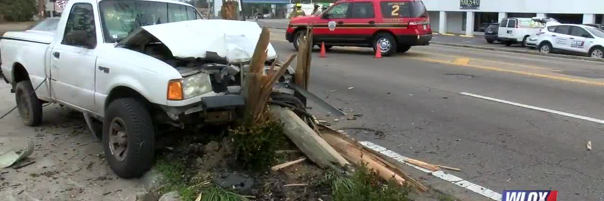 LIVE REPORT: Truck crashed into power pole on Pass Road