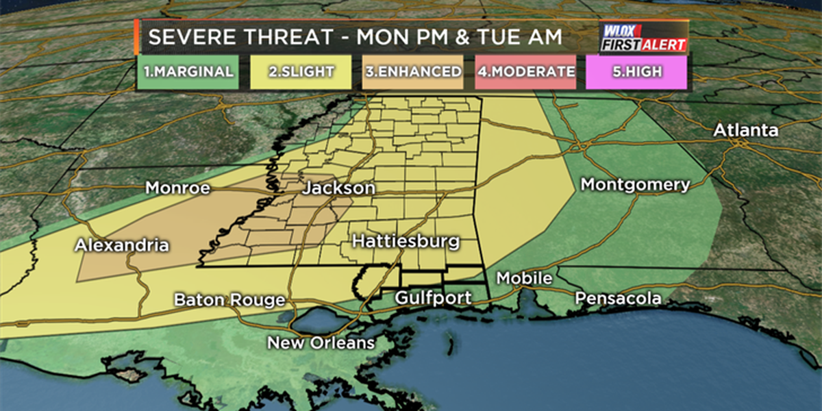 Severe weather threat moves in Monday night