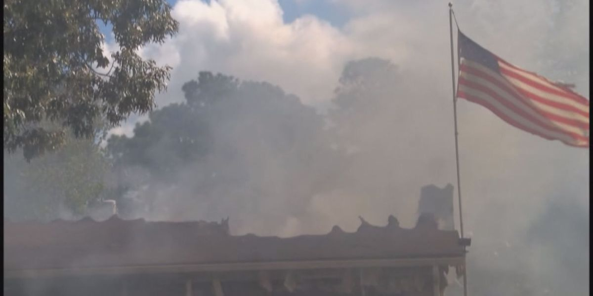 Morning fire in Gautier destroys home