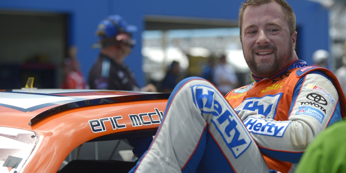 Former NASCAR driver Eric McClure dies at 42