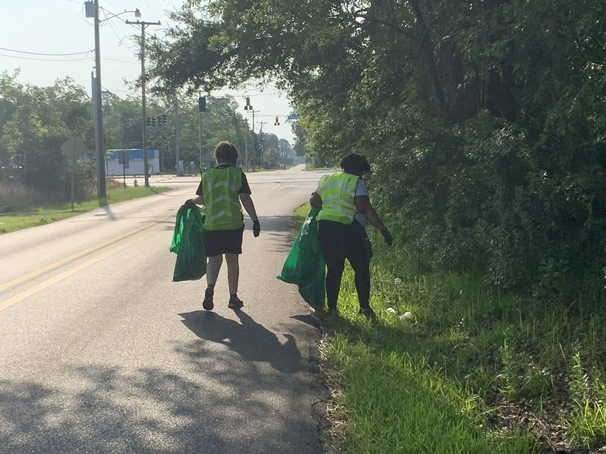 Volunteers participate in Gulfport neighborhood cleanup