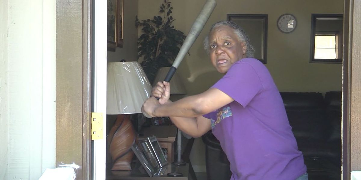 65-year-old Florida woman fights off half-naked attacker with bat