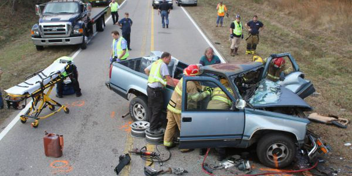 Four hospitalized after Menge Ave. accident
