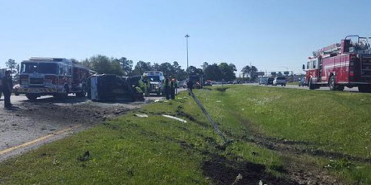 Accident closes one lane of Hwy 49