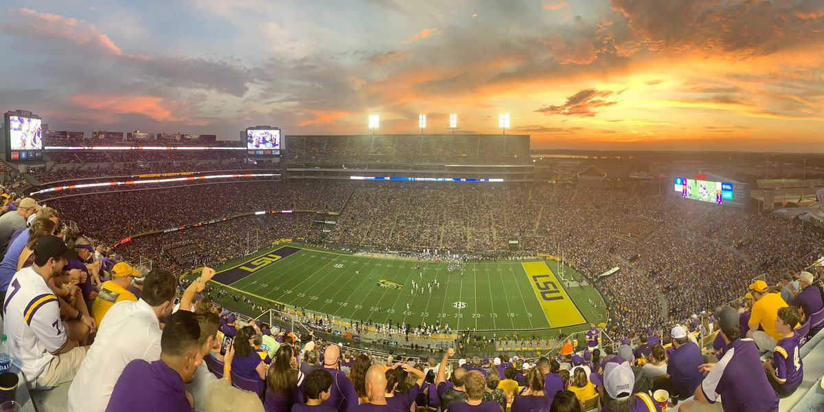 LSU goes cashless for sporting events in 2020