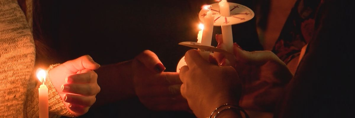 'In my faith, I have found comfort': Loved ones gather to pray for three men missing after crash on the Mississippi River