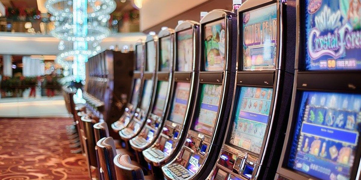 Coast casinos to stop all gaming operations at 5 p.m.