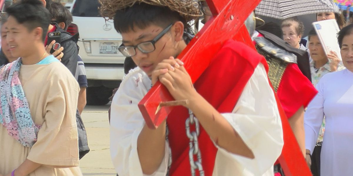 Vietnamese Martyrs Catholic Church reenacts Jesus' walk to Calvary