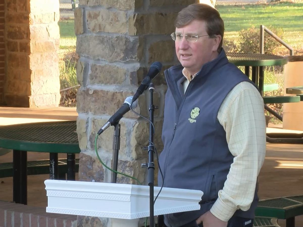 Gov. Reeves visits Lucedale to assess Hurricane Zeta damage