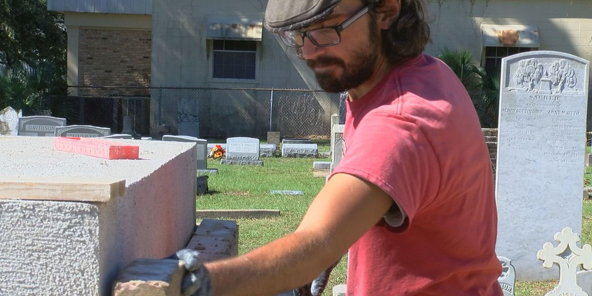 Crumbling historic tomb being restored in Biloxi