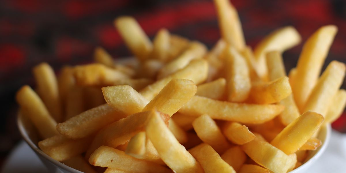 'Fussy eater' goes blind after diet of white bread, Pringles and French fries