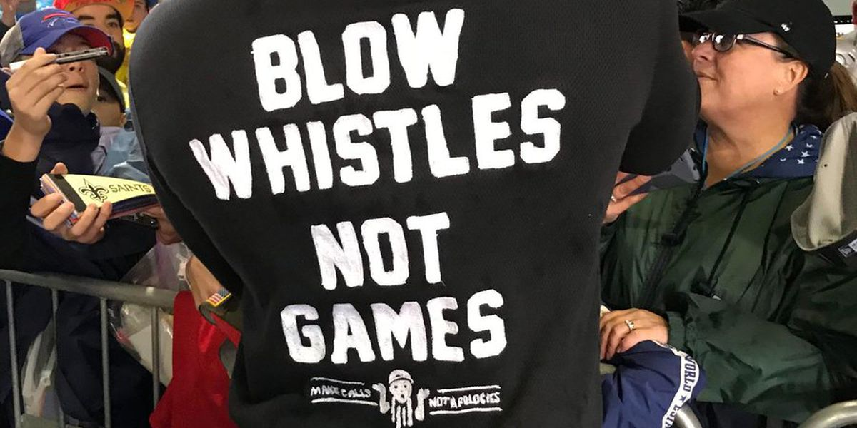 Cam Jordan arrives at Pro Bowl with 'Blow whistles, not games' t-shirt