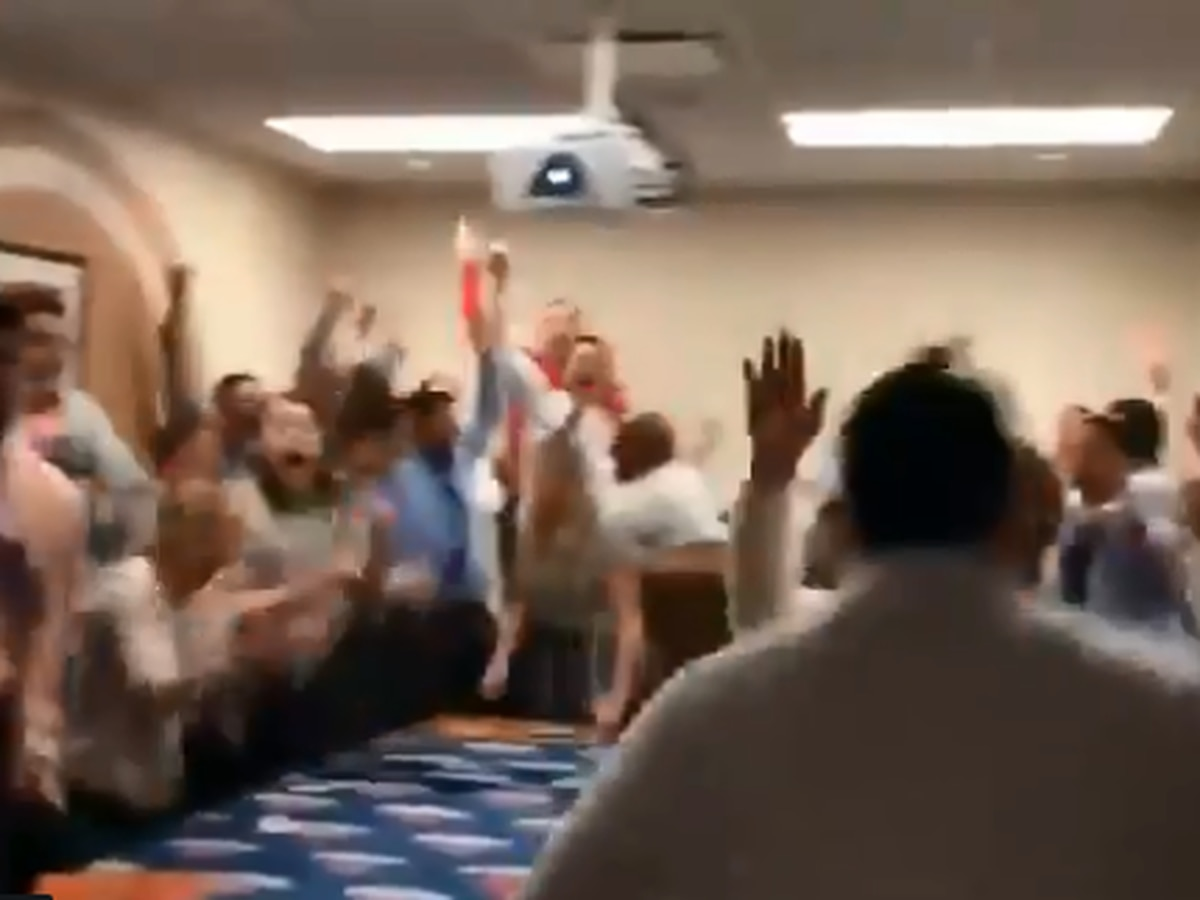 VIDEO: Pelicans ticket office workers go bonkers with first pick