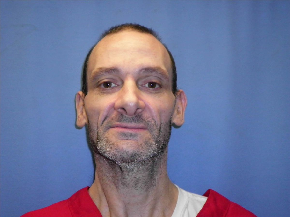 State inmate asks Supreme Court to order his execution immediately