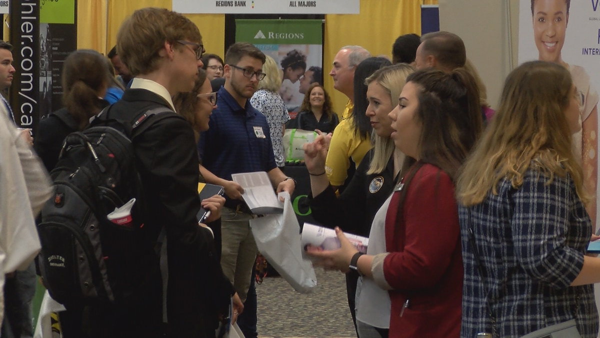 USM Career Internship Expo brings students, potential employers together