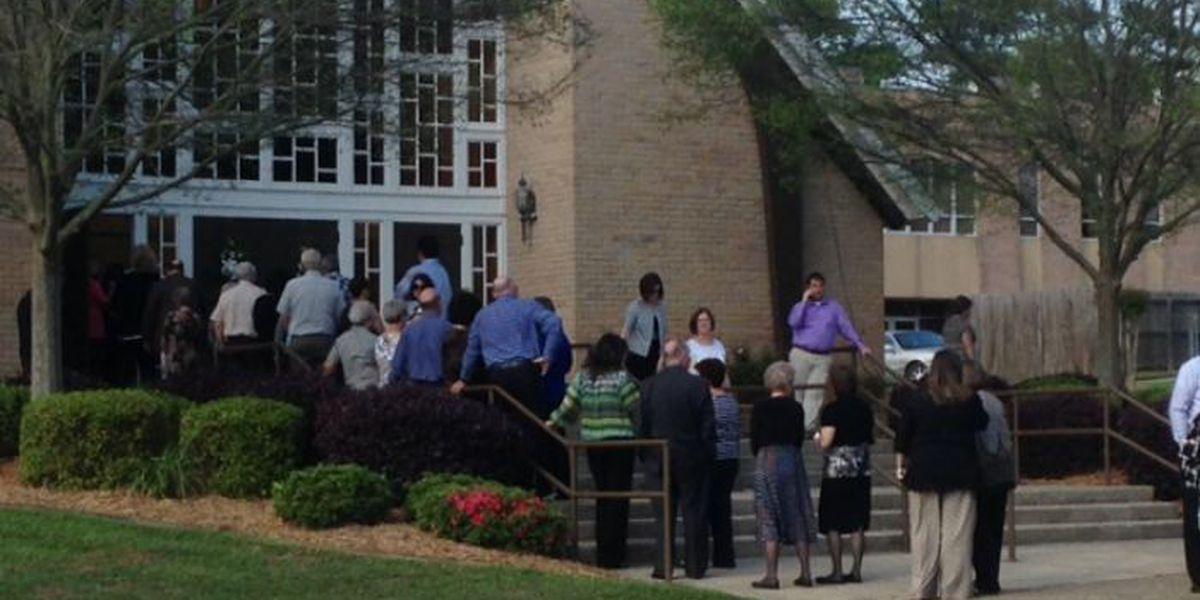 Family, friends of Steve Cobb grieve in Wiggins