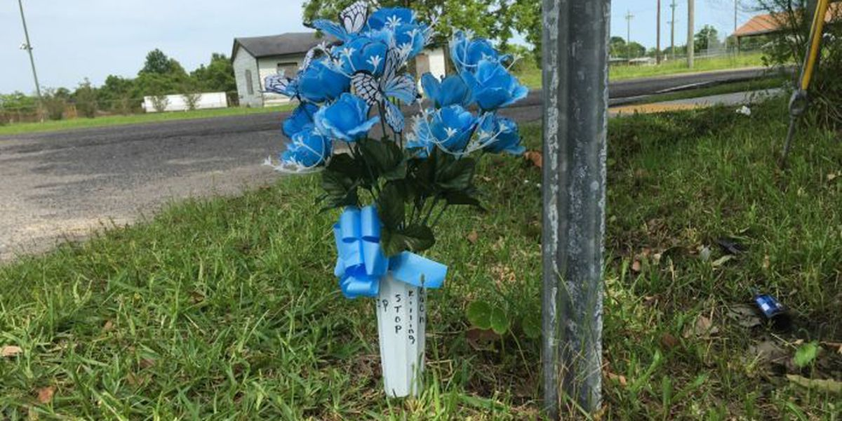 Flowers near Gulfport shooting scene send powerful message