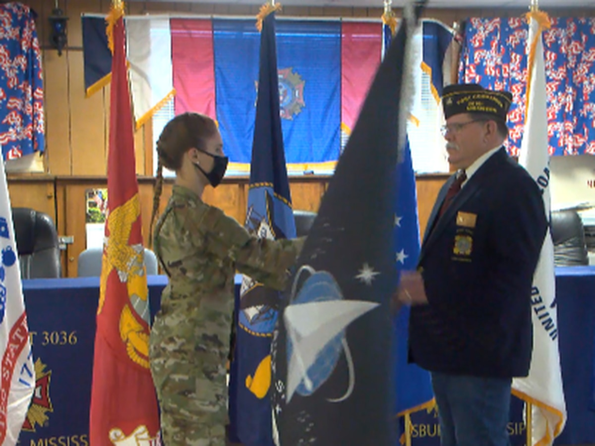 USM ROTC presents VFW with Space Force flag